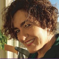 Nadia Mana